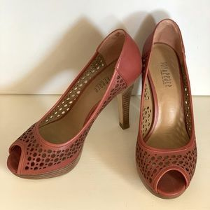 Peep toe heels in Size UE36